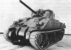Вторая серийная модификация отличалась от М4 установкой двух дизелей GMC 671 из-за нехватки двигателей «Континенталь». Носовую часть корпуса из литых и катаных броневых деталей эта модификация так и не получила. Машины самых первых партий имели опорные катки со спицами (как ранние М4А1), но вскоре их для упрощения производства заменили цельными с выштампованными спицами. М4А2 выпускались фирмами:      * «Фишер»/«Гранд Блэнк» (4614, с апреля 1942 г. по май 1944 г.),     * «Пульман» (2373, с апреля 1942 г. по сентябрь 1943 г.), ,     * «Америкэн Локомотив» (150, с сентября 1942 г. по апрель 1943 г.),     * «Болдуин» (12, с октября по ноябрь 1942 г.),     * «Федерал Мэшин энд Уэлдер» (540, с декабря 1942 г. по декабрь 1943 г.).   Всего — 8053 танка.  Использовались только КМП США. Большинство шло на поставки по ленд-лизу (включая Россию).